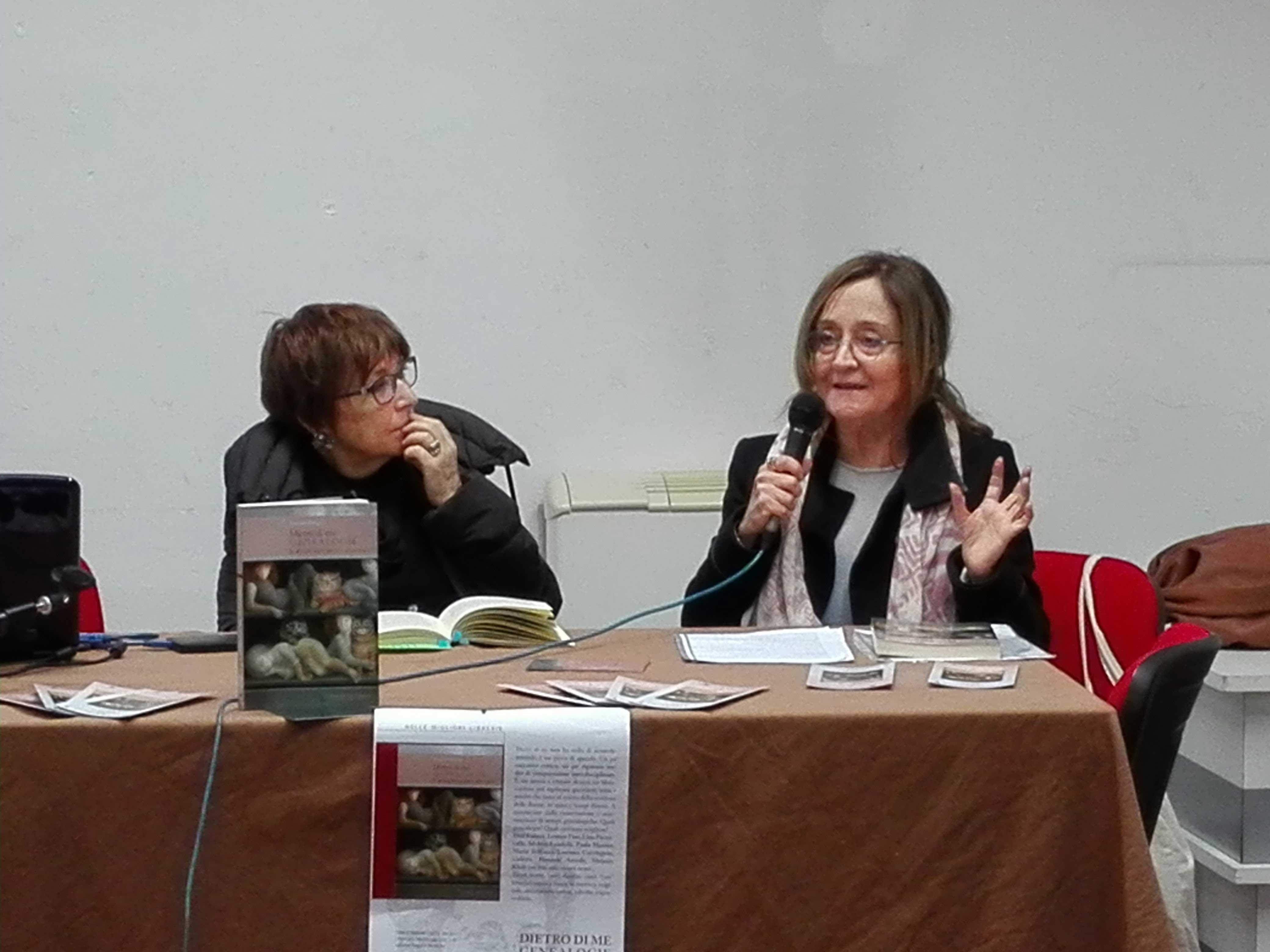 Lucilla Serchi e Ernestina Pellegrini dialogano su Dietro di Me. (Florence Art edizioni)